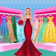? Sophie Fashionista - Dress Up Game
