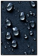 Water-Drops-Dark-Background