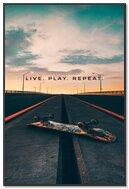 Live Play Skate