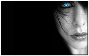 Mặt người phụ nữ tối