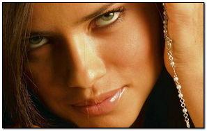 Adriana Lima Close Up