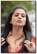 Lovely Priyamani