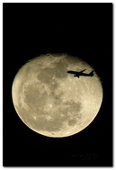 Luna e aereo.