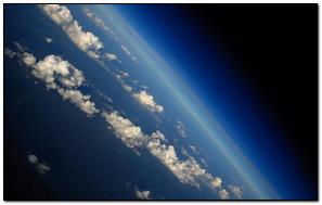 Impresionantes nubes con la tierra