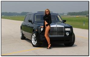 Rolls Royce Phantom With Girl