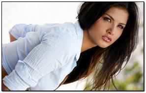 Sunny Leone Nice Pose