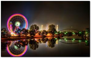 Công viên thành phố Ride Ferris Wheel Night River
