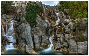 Cascata Rocce Fiume Flusso