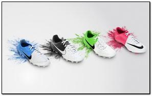 Giày bóng đá Nike