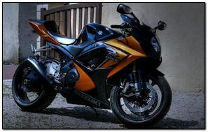 Suzuki R Gsx