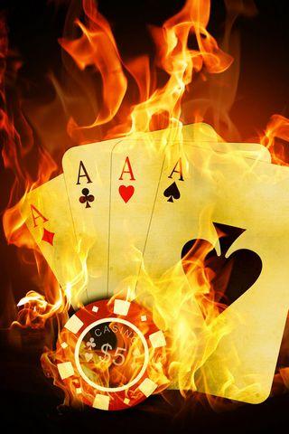 Casion-four-aces-on-fire