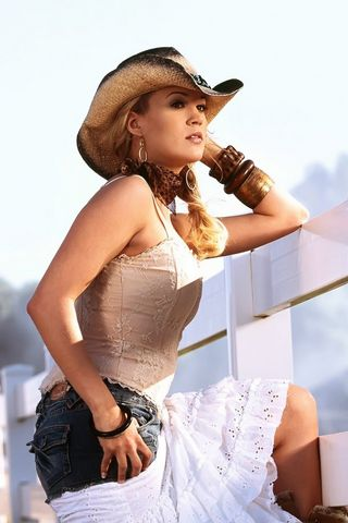 Carrie-Underwood-Cowgirl