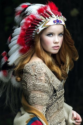 Native American Girl 2-wallpaper