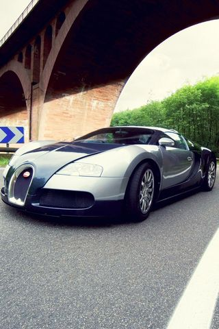 Bugatti-the-bullet-car-wallpaper-for-