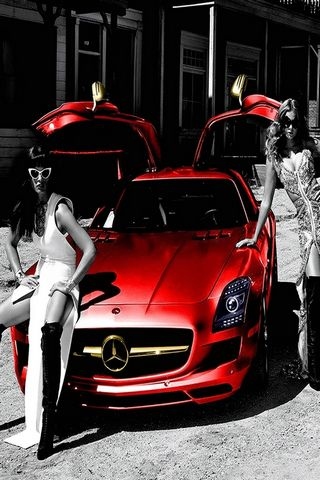MERCEDES GIRLS