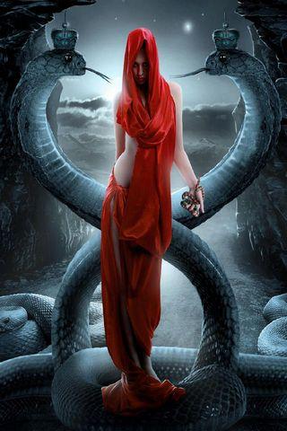 Змія королева