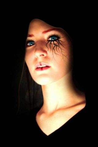 Темна дівчина
