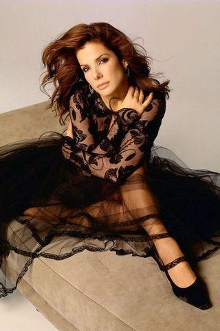 Hot Sandra