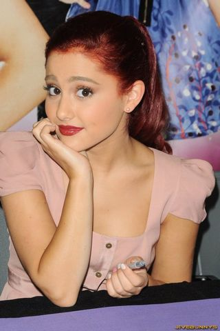 Ariana Grande Fnd 3