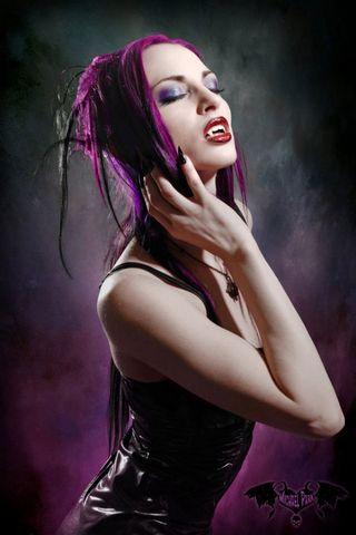 पिशाच लड़की