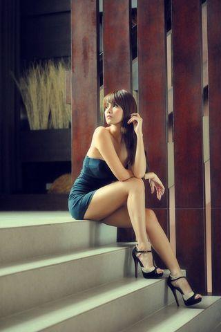 Elegant Girl 2