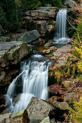 водопад с