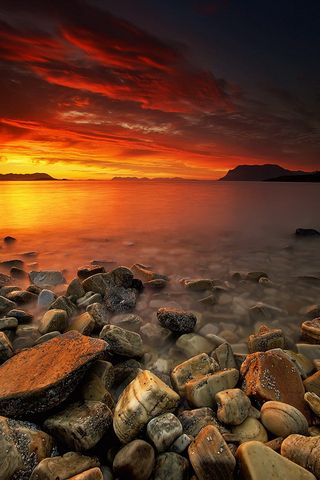 Sunset-stones