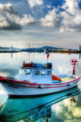 Boats-On-Marina