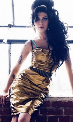 Amy Winehouse Wallpaper Download To Your Mobile From Phoneky