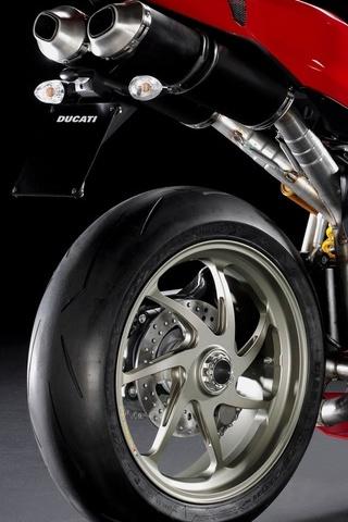 Ducati-1198s-Sportbike-1