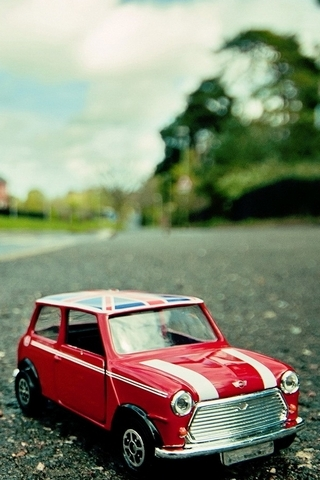 Toy-Car-i