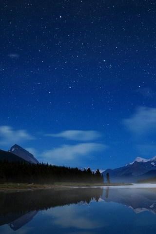 Maligne-Starry-Sky