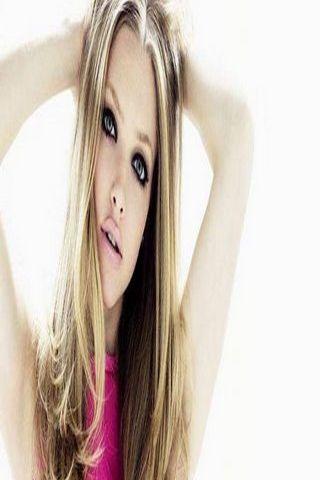 Amanda Seyfried 35
