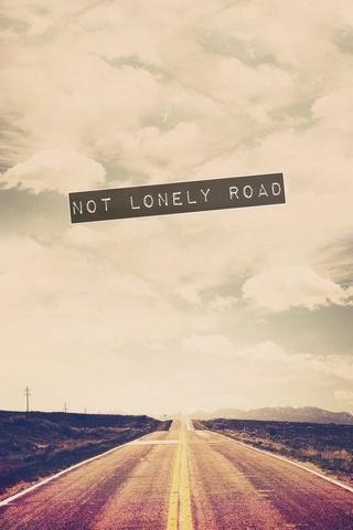 Yalnız Yol Değil