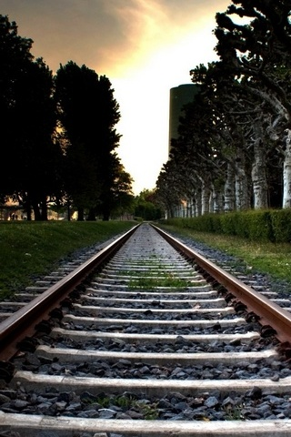Railroad-Track.