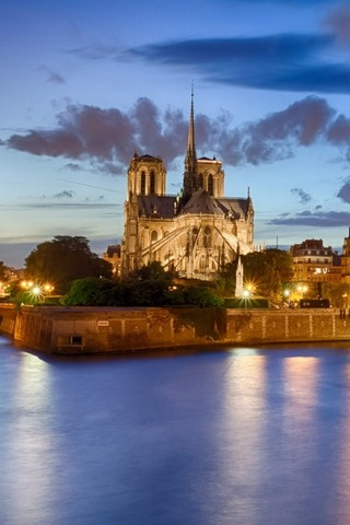 Notre Dame Scenery