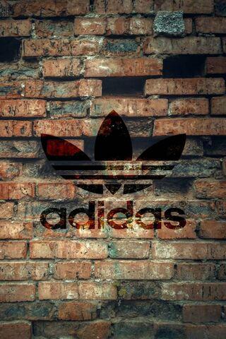 Adidas-Wall
