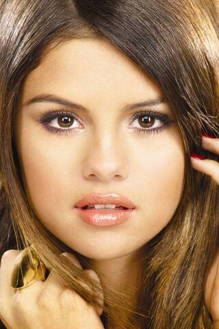 Selena Gpomez