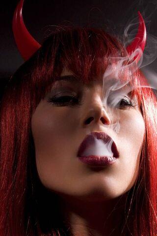 فتاة شريرة