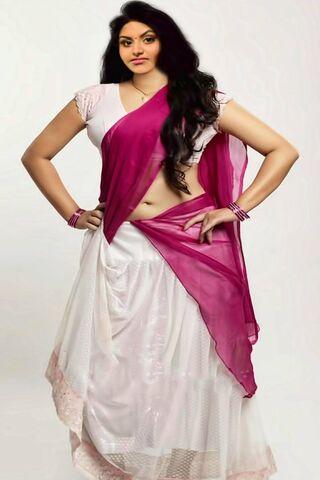 Cô gái Ấn Độ nóng bỏng
