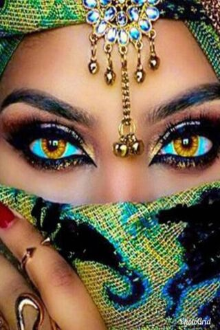 Ojos de serpiente