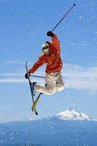 स्की के साथ मैन