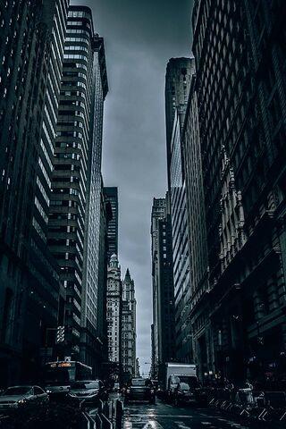 Ciemne miasto