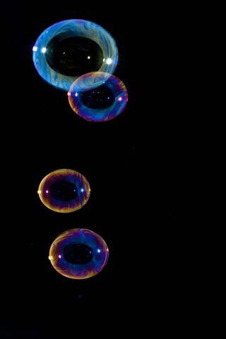 Bubbles yang berwarna-warni