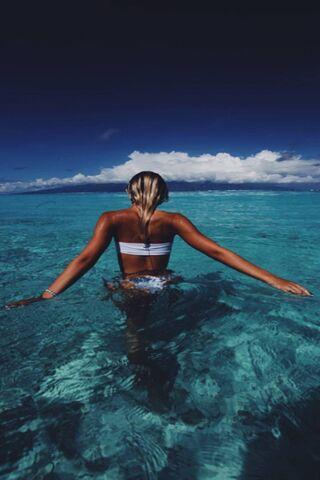 여자와 바다
