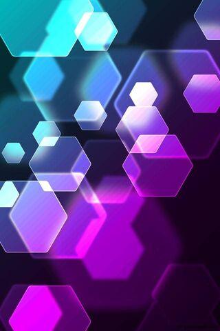 الأشكال الملونة