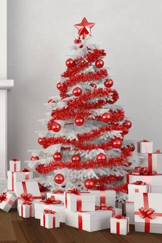 Red White Xmas Tree