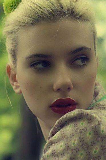 Scarlette Johannson 2
