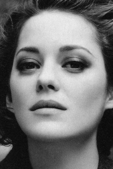 Marion Cotillard Classic