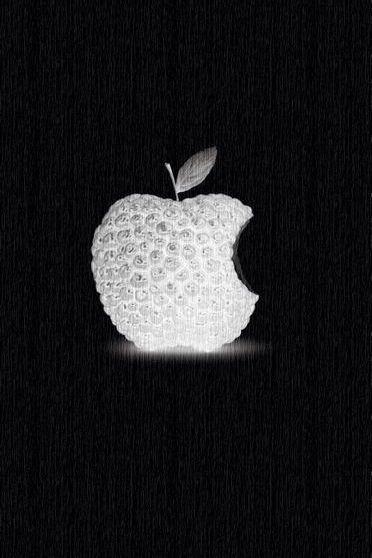Schwarzer Beeren-Apfel